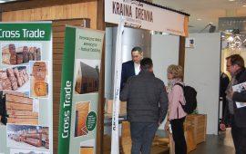 Duża ekspozycja iprogram dedykowany budownictwu drewnianemu