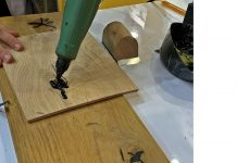 Drewno zwypełnieniem prawie doskonałe