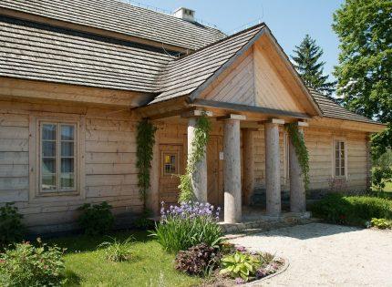 7 na 10 domów drewnianych powstaje na wsi – aktualnie budownictwo drewniane przenosi się do miast