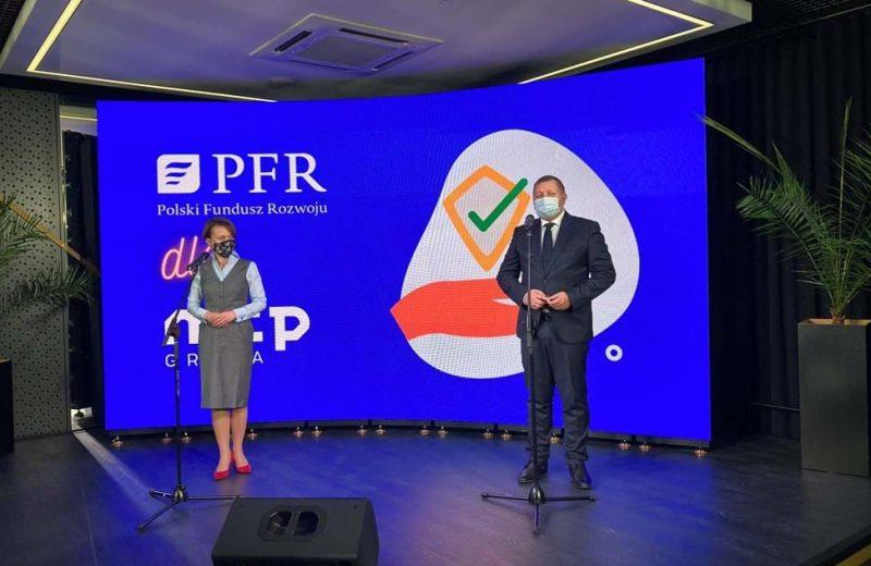Grupa MTP z tarczą PFR