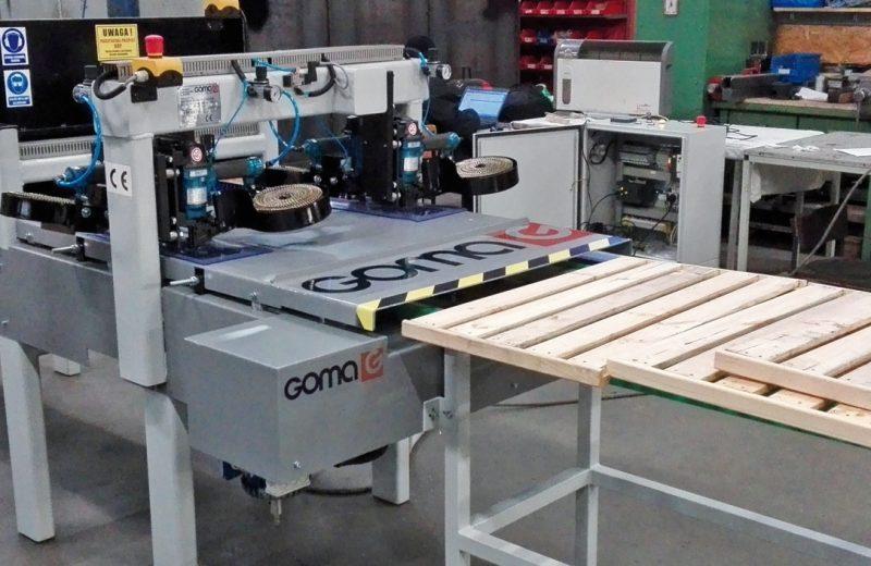 Zmechanizowany wyrób drewnianych półek ażurowych
