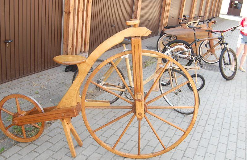 Rower trzeba zbudować, ale zaprezentować… online